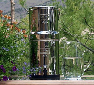 Berkey Water Filter http://www.getberkey.com/big-berkey-water-filter-system-2-25-gallons/